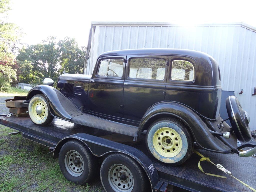 1934 plymouth sedan garage find rust free the h a m b for Plymouth garage doors