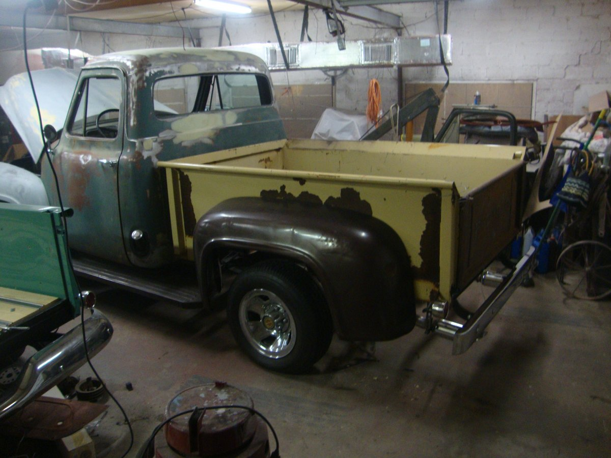 1955 Ford F100 The Hamb Long Bed Dsc04221