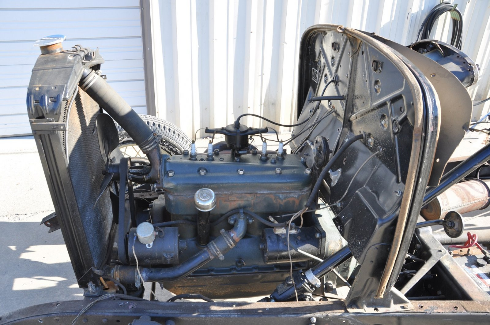 1932 ford model b chassis and running gear
