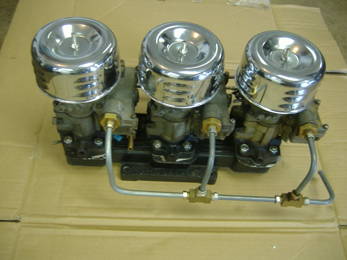 For Sale: complete Vintage Speed tri-power adapter, carbs
