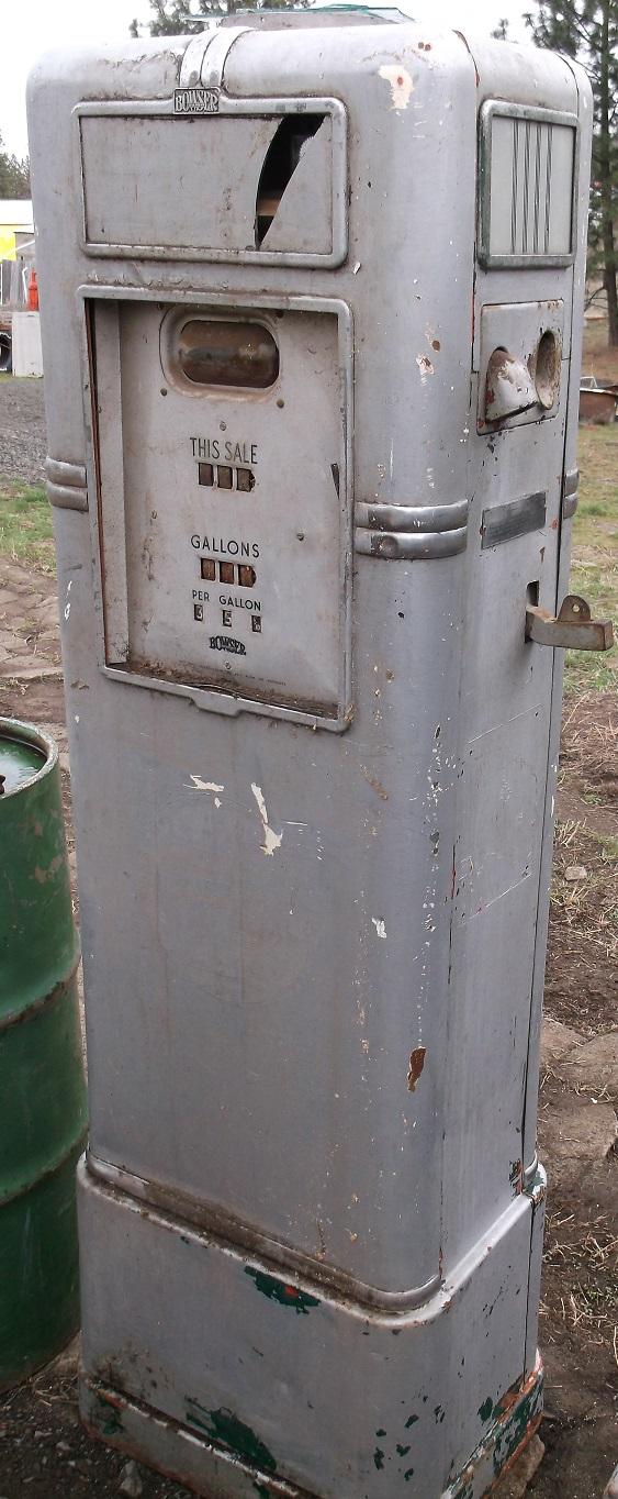 2 B/A CANADA Bowser Gas Pumps & B/A Oil Barrel with Pumper