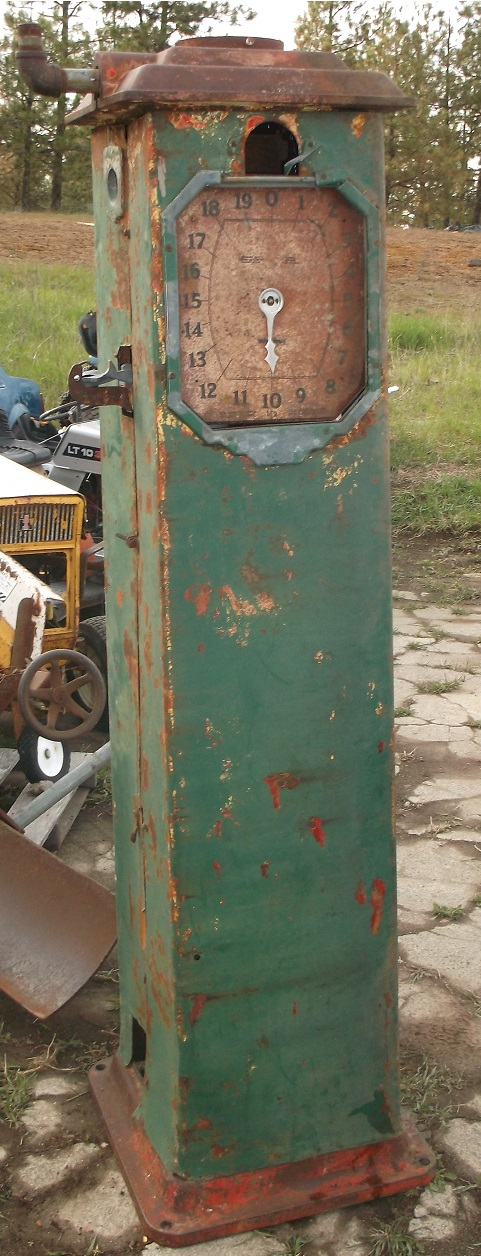 1932 Original Gas Pump WAYNE 861 CLOCK FACE pump, serial