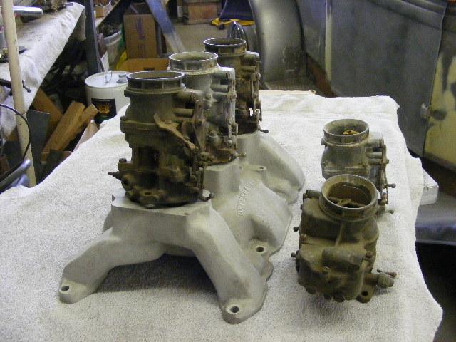 Buick Nailhead 364 Offenhauser Tripower Intake Manifold & 5