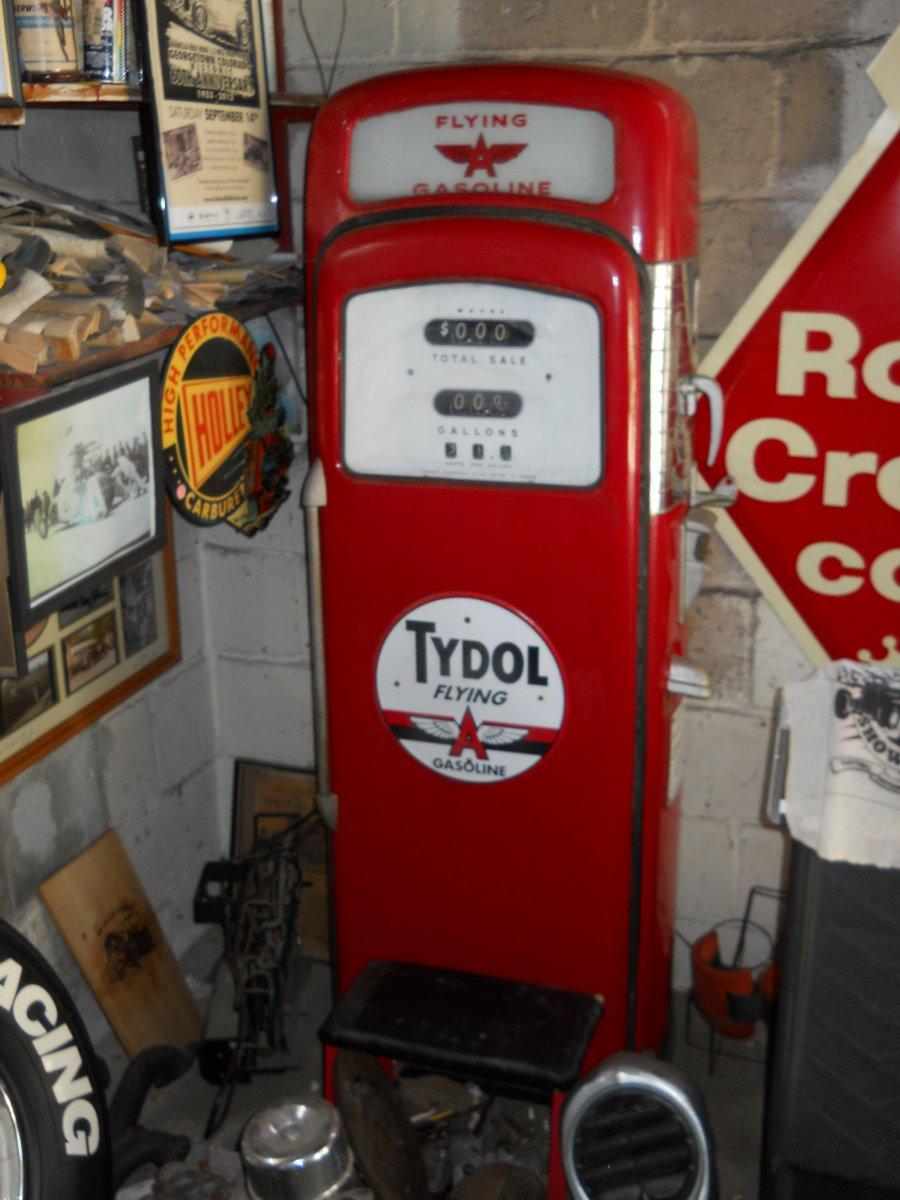 Quot Vintage Quot 1950 S Wayne Quot 90 Quot Gas Pump With Flying Quot A Quot Dome