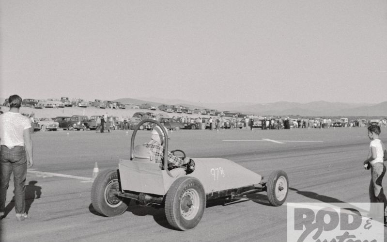 early-1950s-dragster.jpg