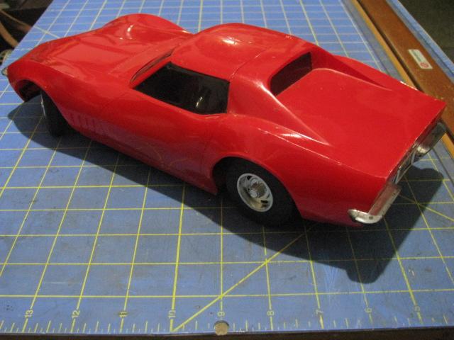 Eldon1968Corvette-1.12thScale$5 002.jpg