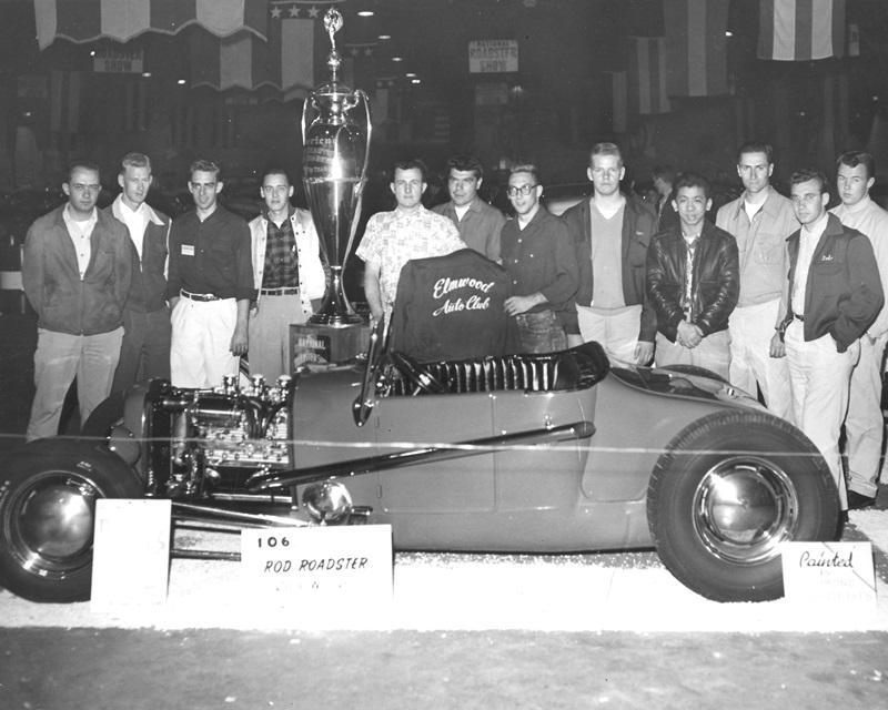 Elmwood Auto Club with Dick William's 1953 AMBR.jpg