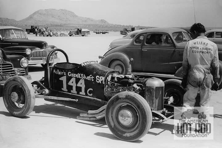 EMHarold Millar racer_DrivrArt Chrisman1951.jpg
