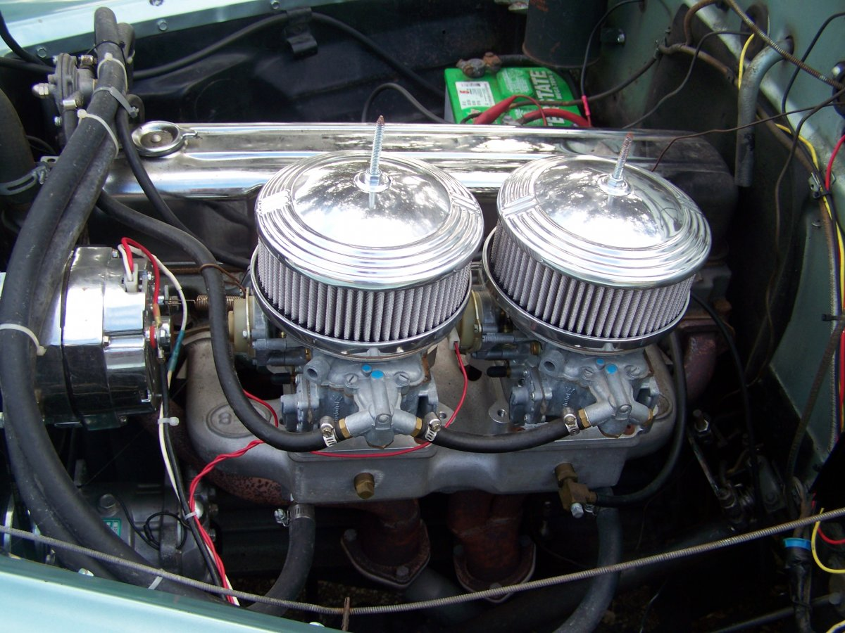engine - drivers side.JPG