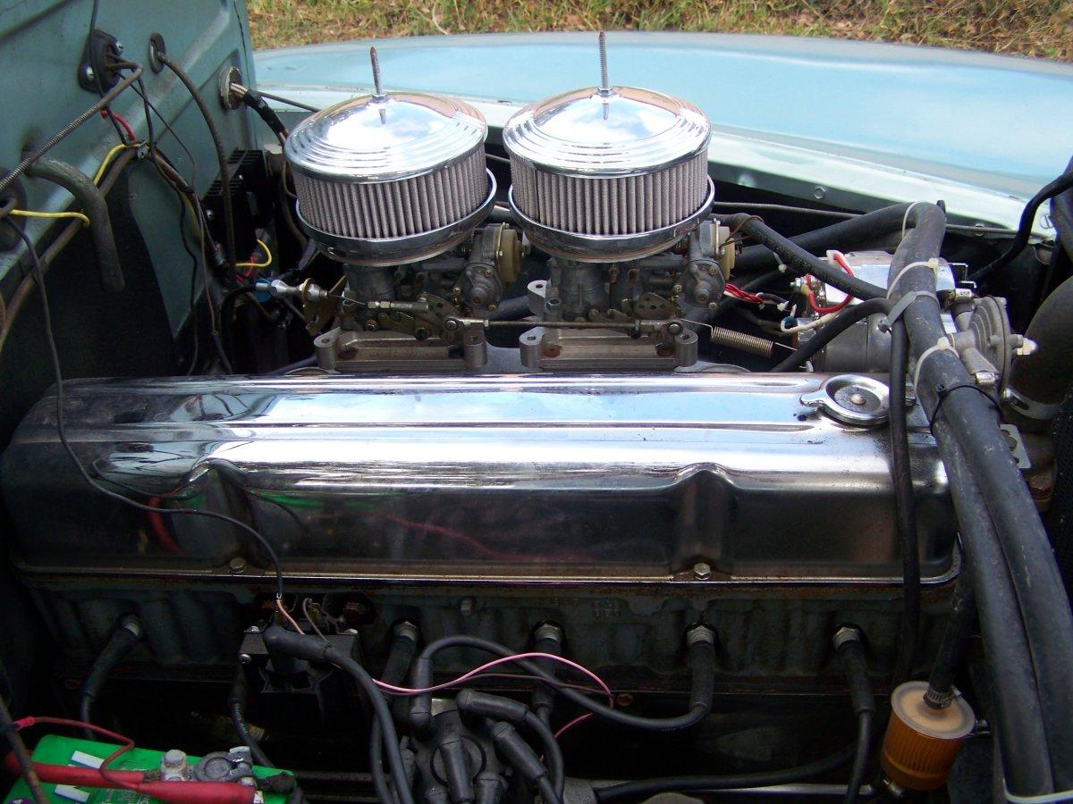 engine - passenger side.JPG