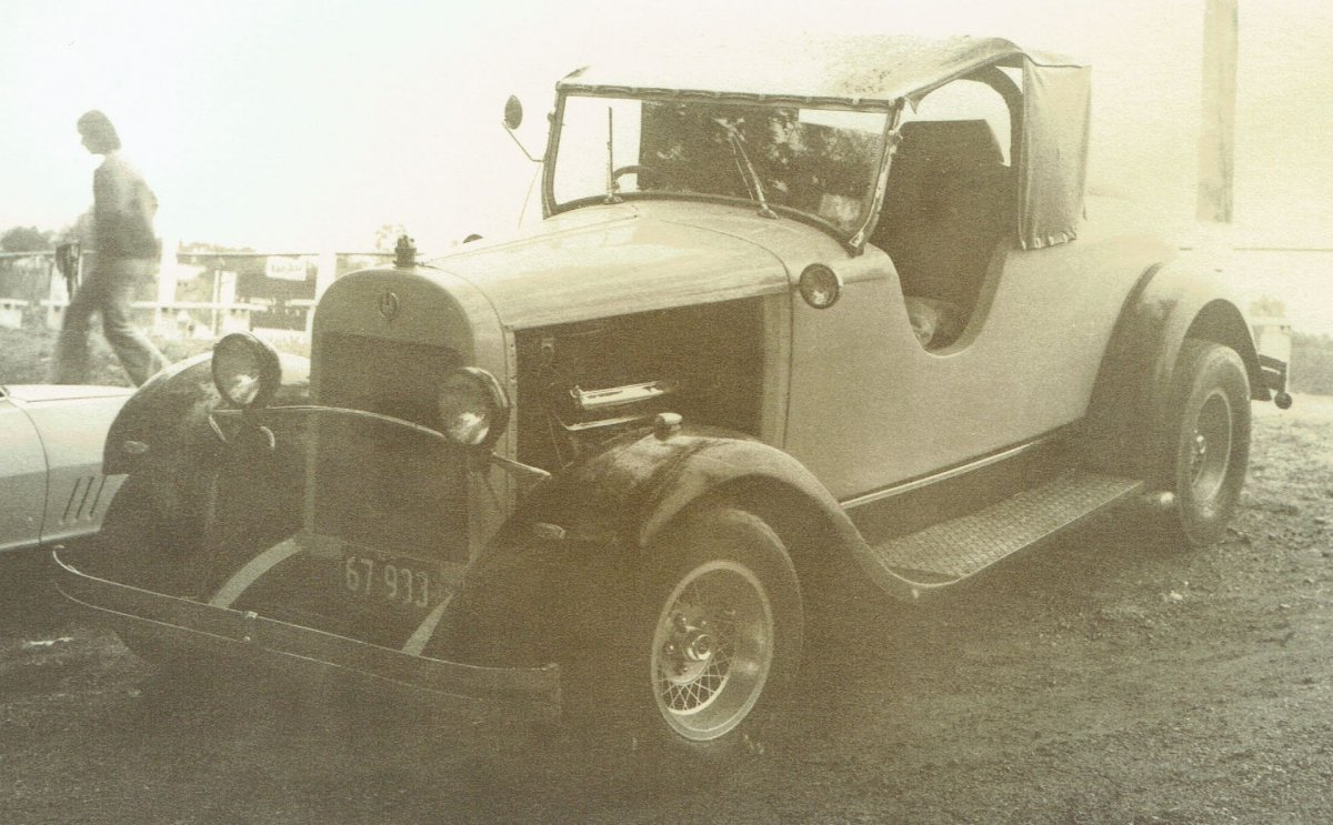Essex with Studebaker V8.jpg