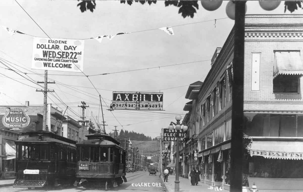Eugene_streetcars_Willamette_Blvd_1915.jpg