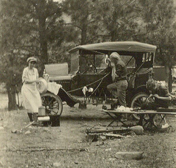 Family campout at Las Vegas, New Mexico, 1922.JPG