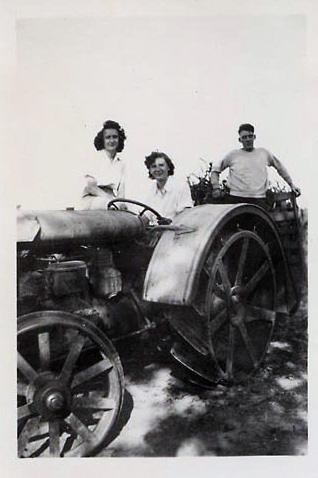 farm gals.jpg
