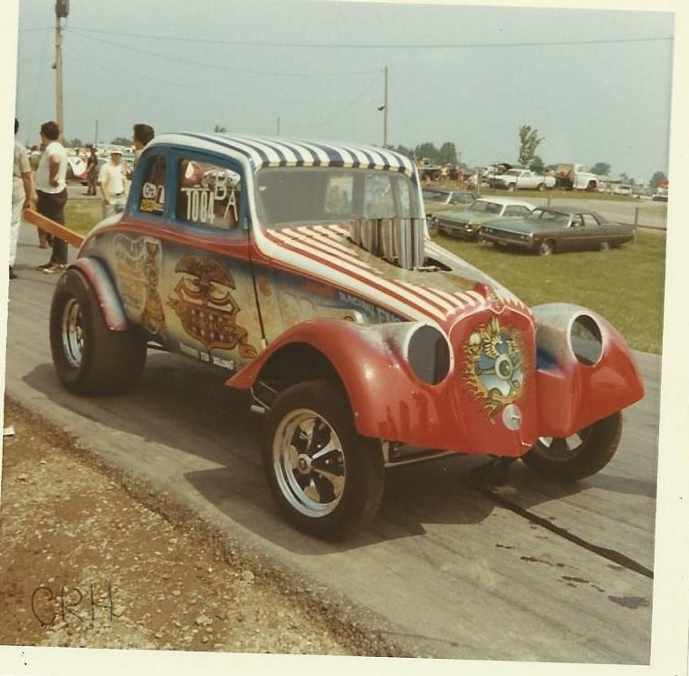 Favorite \'33 Willys #2 001_LI.jpg