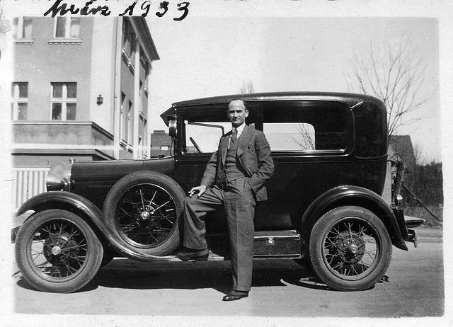 find-old-cars.jpg