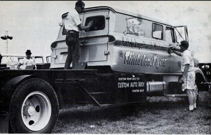 flintstone flyer truck.JPG