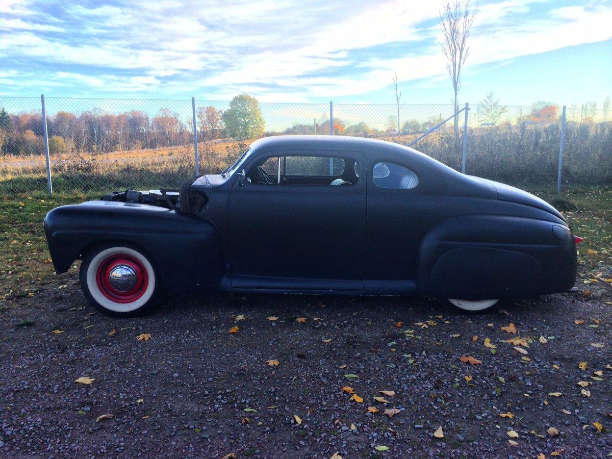 Ford 1946 profile.JPG
