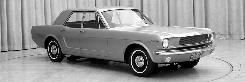 Ford-4-door-Mustang-Concept.jpg