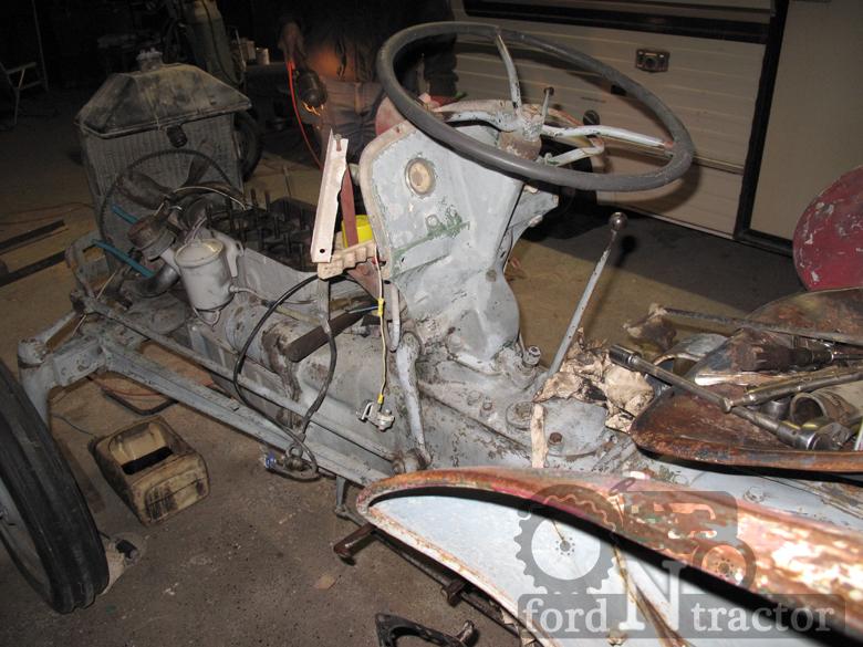 ford 9N steering wheel.jpg