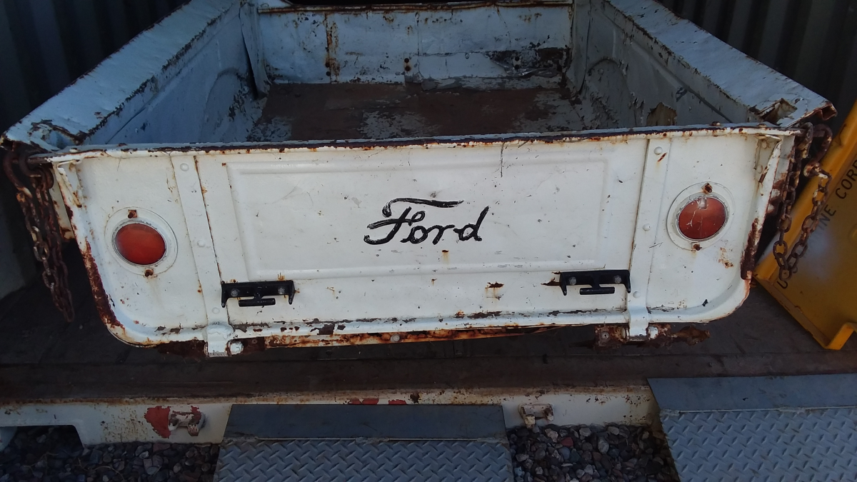 ford box  6.png