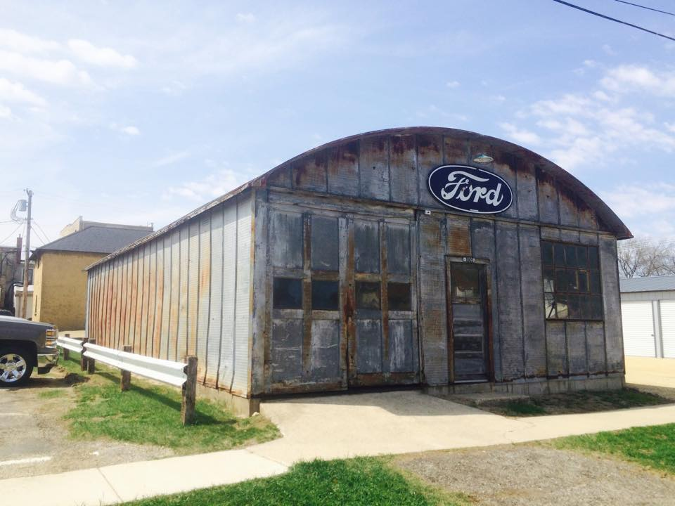 History old ford garage the h a m b for Garage ford saint louis
