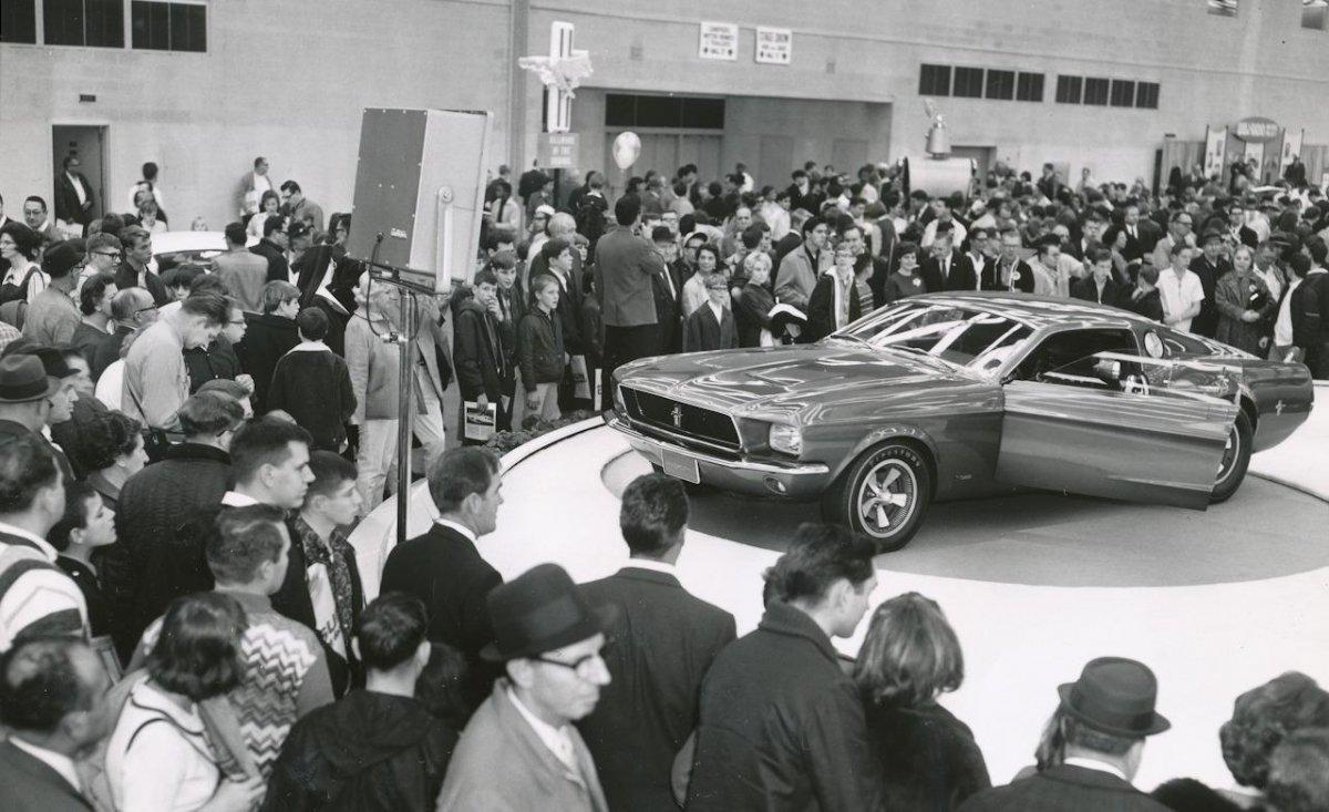 ford-mustang-mach-1-show-car-1967-detroit-auto-show-photo-381615-s-1280x782.jpg