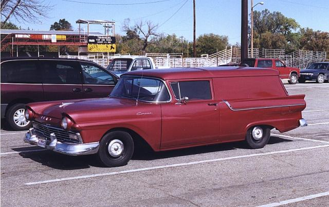 ford-sedan-delivery-1957-11.jpg