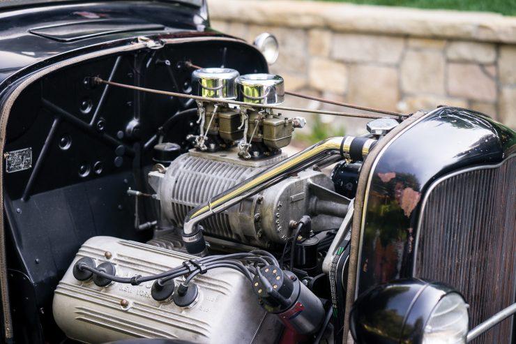 Ford-Three-Window-Hot-Rod-V8-740x493.jpg