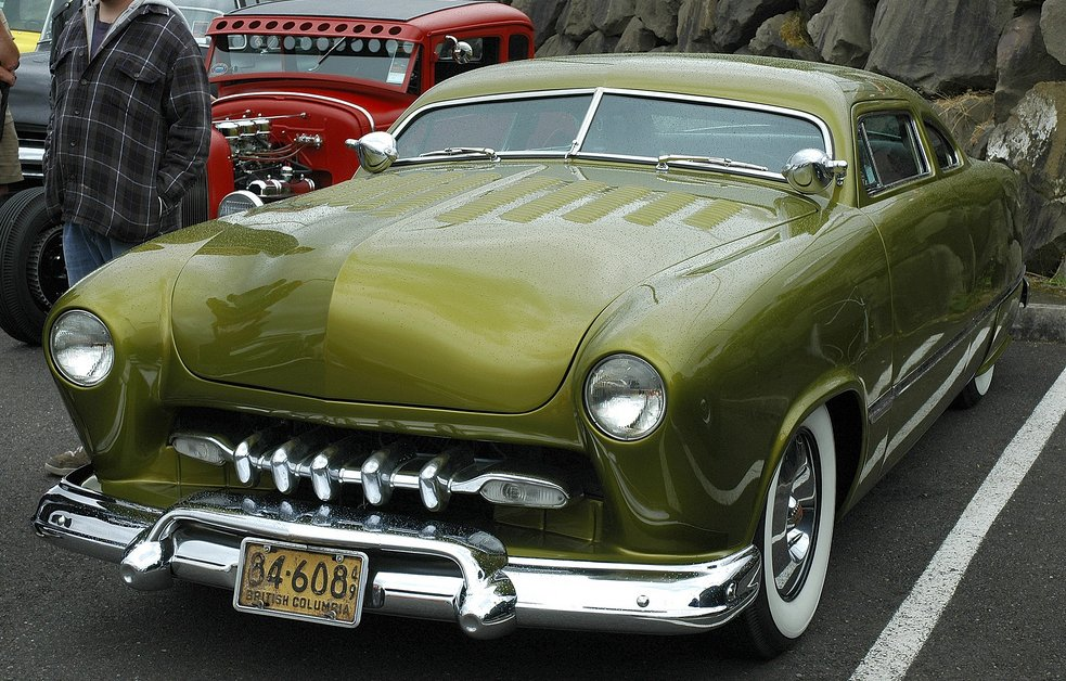 ford1949customgreen2.jpg