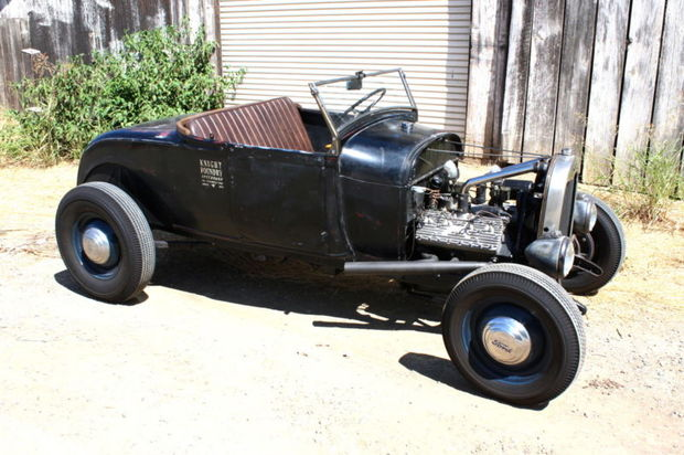 Ford_Model_A_Flathead_V8_Roadster_AV8_Salt_Flat_Driver_eBay_1414789455.jpg