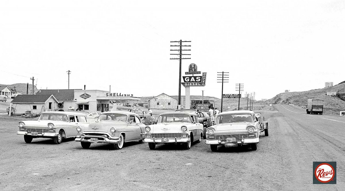 Four-Racing-Teams-Enroute-to-Bonneville-1959.jpg
