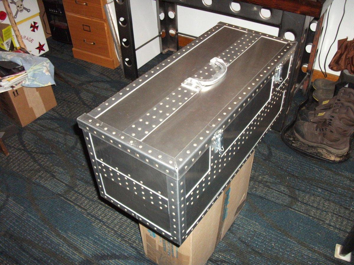 foz box 003.jpg