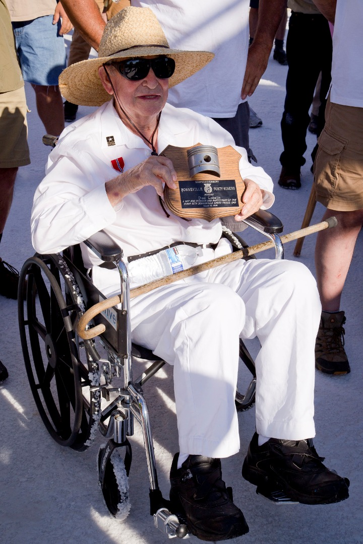 Fred at Bonneville (August 10, 2013) with 49er plaque.jpg