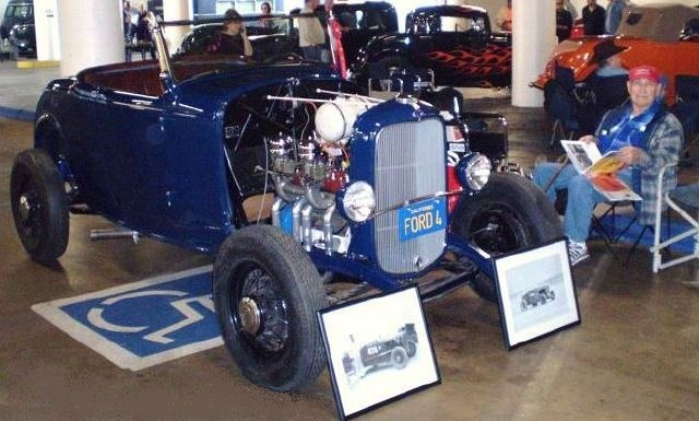 Fred Lobello & his \'32 Roadster @ Petersen Auto Museum 80th Anniversary of the Deuce (Jan \'11).JPG