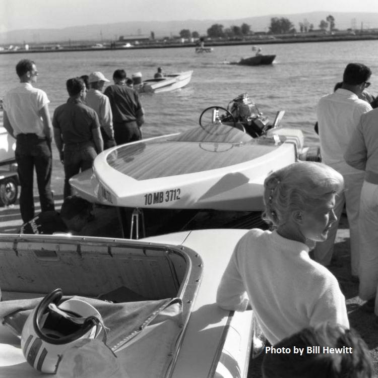 Fremont Boat Drags - 1961 by Bill Hewitt (17).JPG