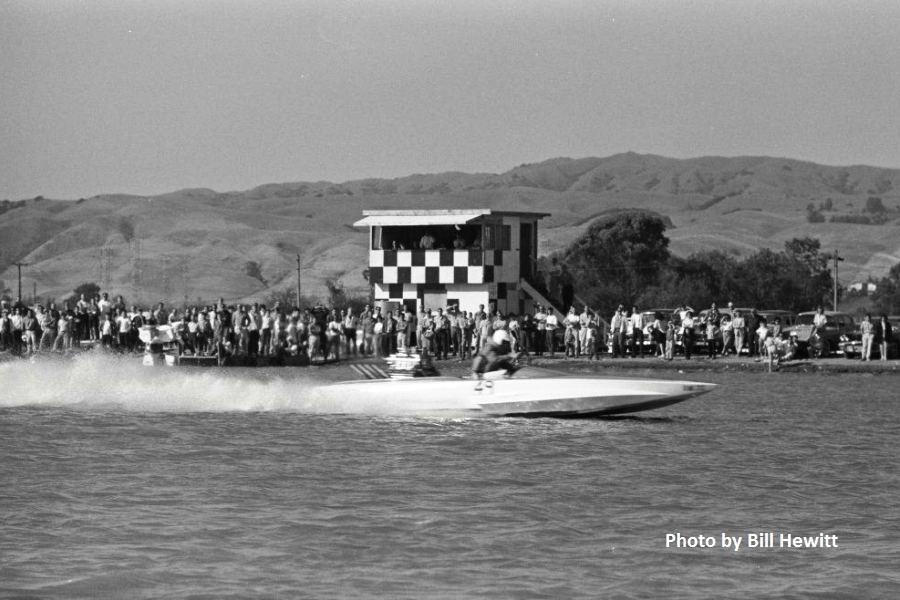 Fremont Boat Drags - 1961 by Bill Hewitt (4).JPG