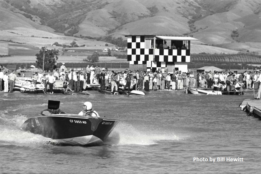 Fremont Boat Drags - 1961 by Bill Hewitt (9).JPG