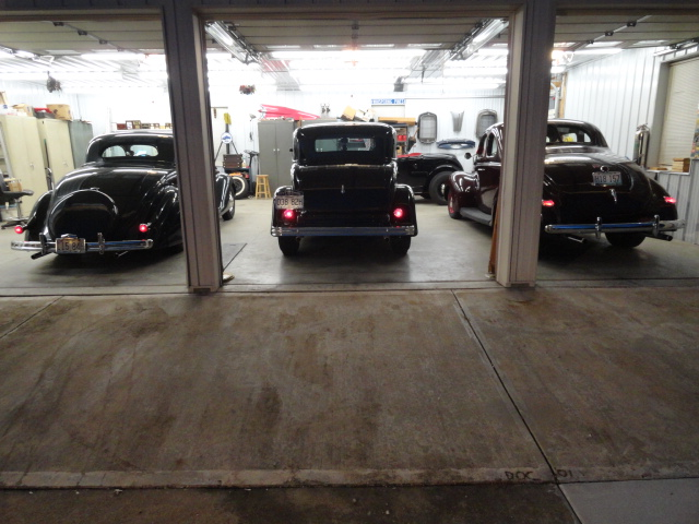 Garage Cars 002.JPG