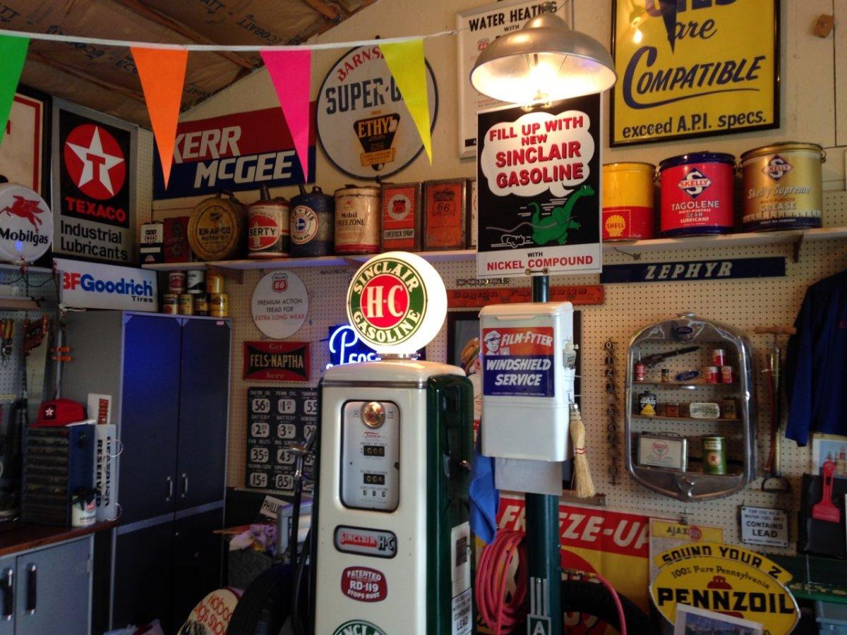 garage scene - cans.jpg