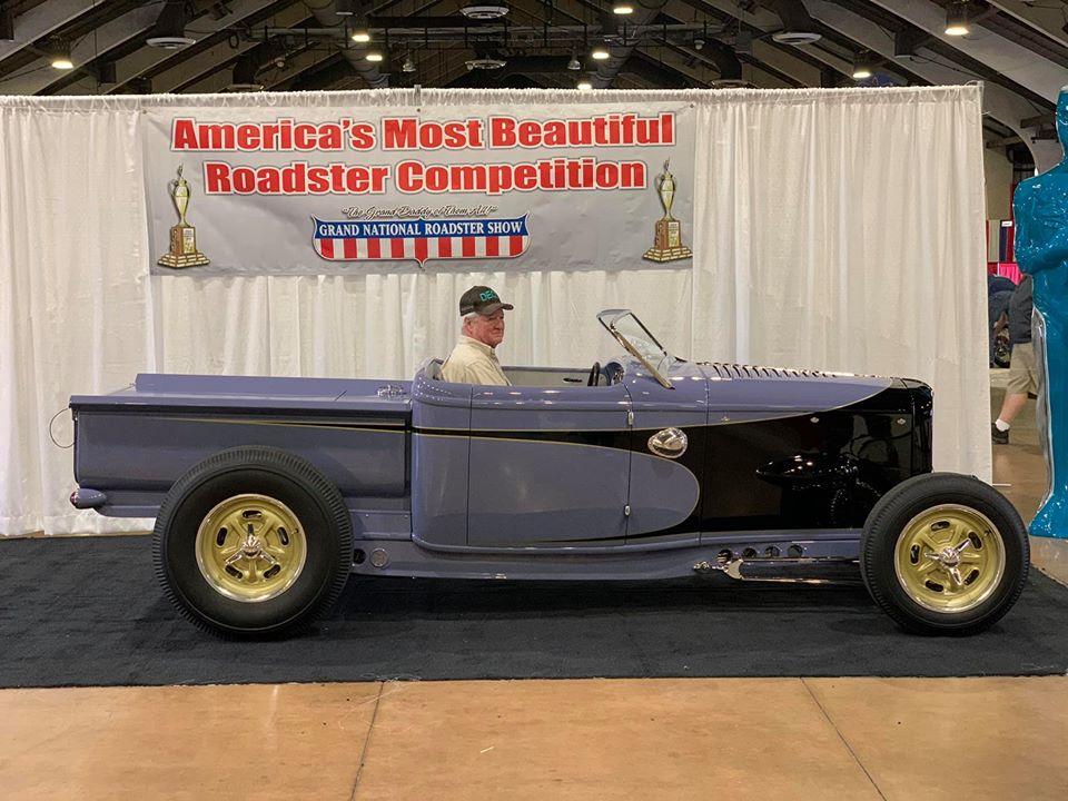Gary DeVine's 1932 Ford RPU (Dave Shuten built).jpg