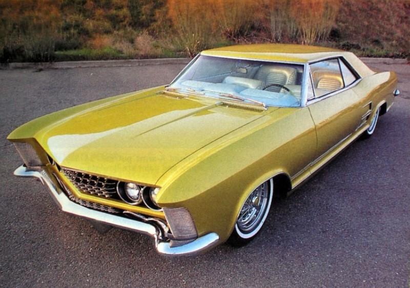 Gary Howard - 1963 Buick Riviera 'Chameleon' (owner Jimmie Vaughan).jpg