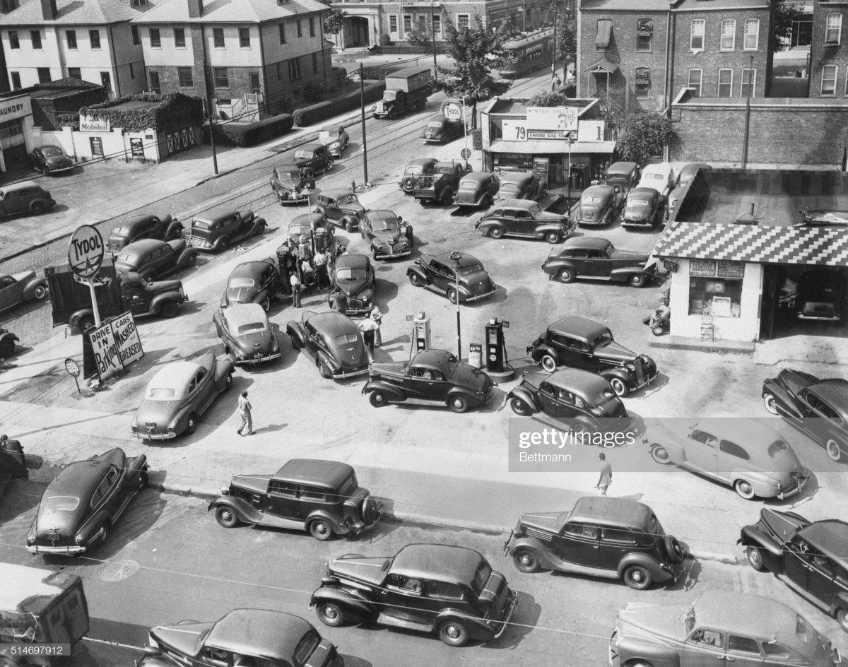 gas2 Brooklyn  1943.jpg