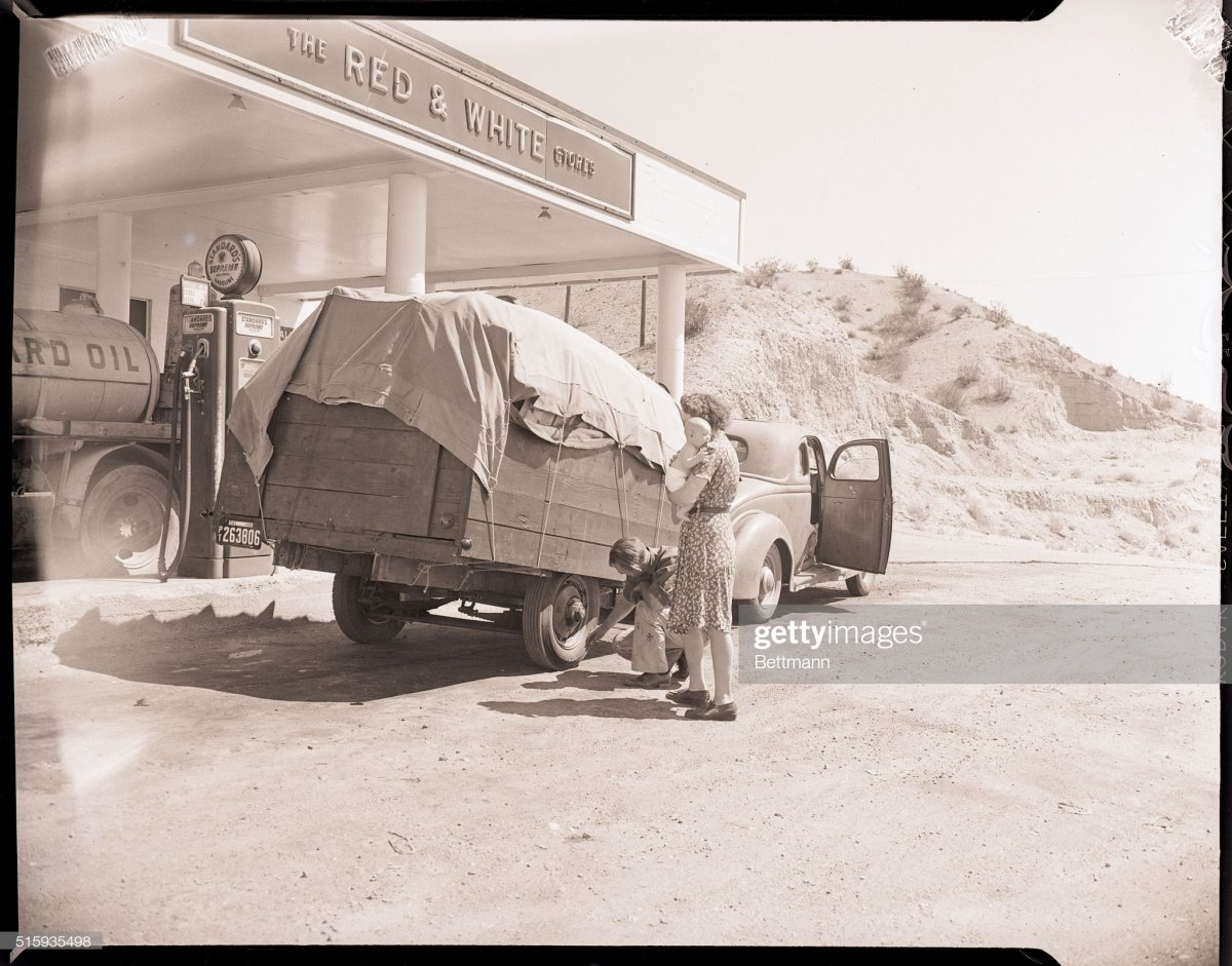 gas6 1945-California desert-.jpg