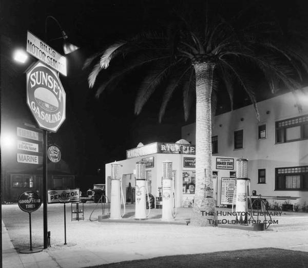 gas8 1934  Long Beach.jpg