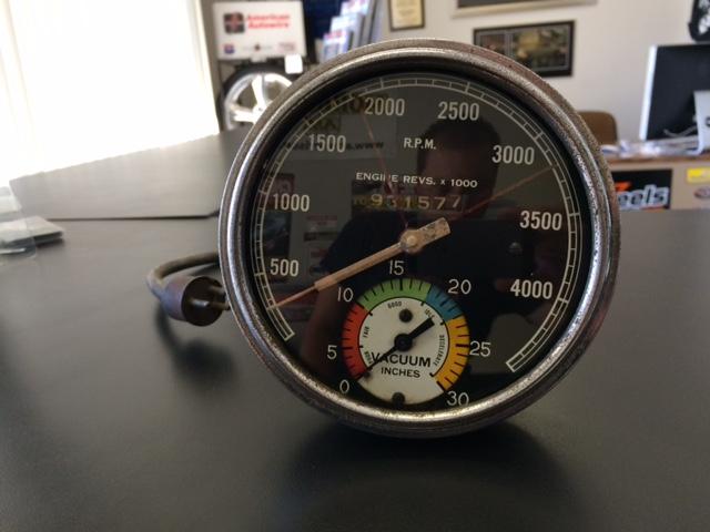 vintage stewart warner tach vacuum gauge the h a m b gauge4
