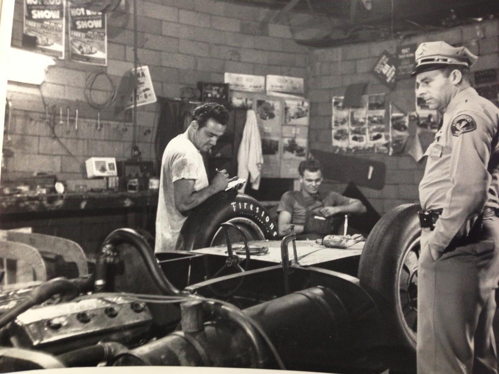George Barris, Chet Herbert, Lynnwood Cop - Beast 4.jpg