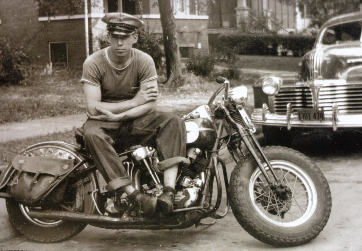 george-smith-sr-ss-harley-davidson-knucklehead2.jpg
