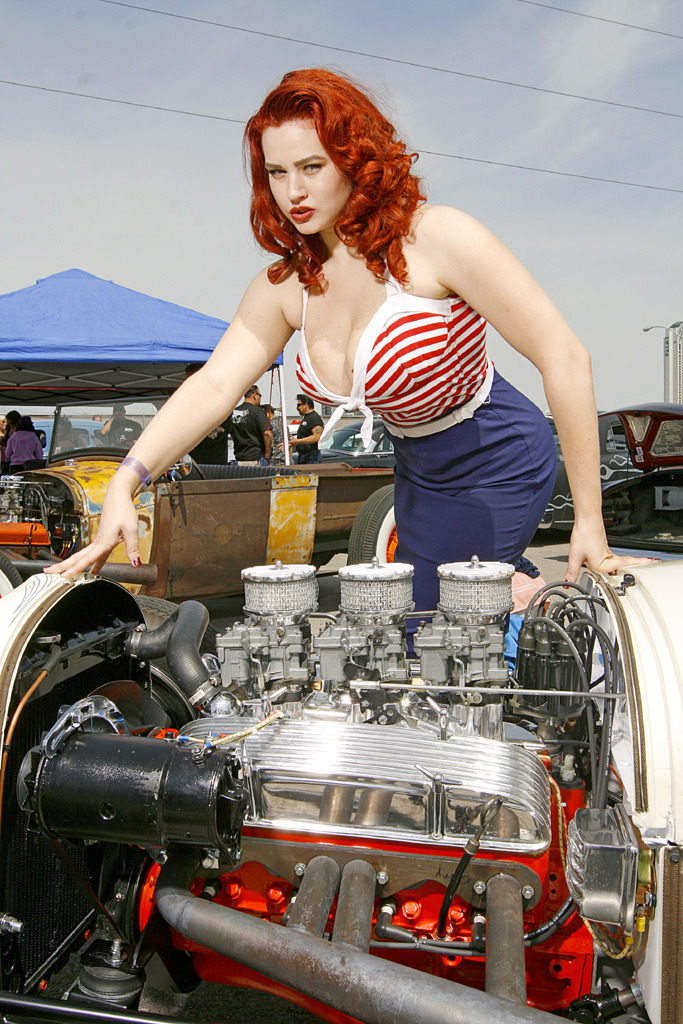 Gia-Genevieve-with-ride_zps1jwp9fr3.jpg