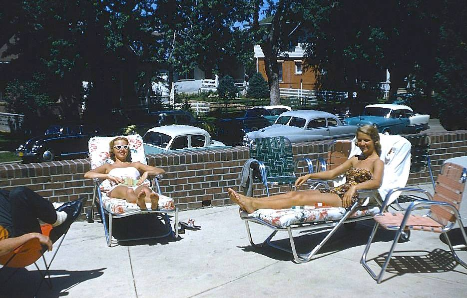 girls sunbathing.jpg